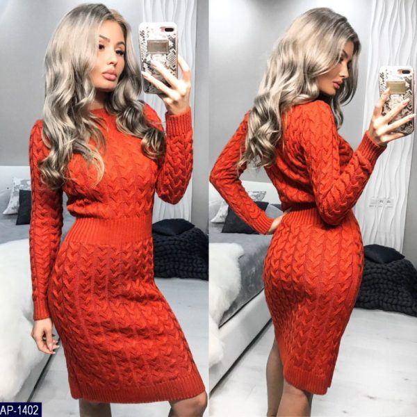 оранжевое вязанное платье