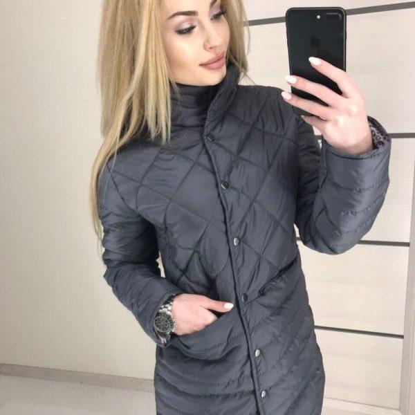 черная весенняя курточка