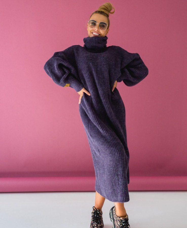 фиолетовое вязаное платье