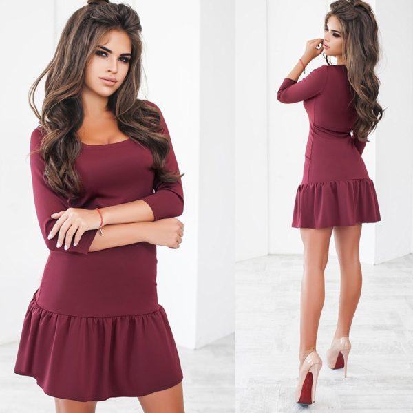 Короткое платье воланами