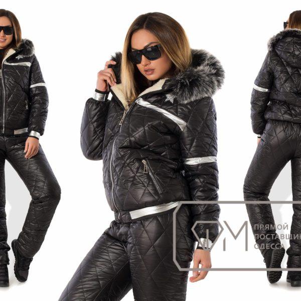черный лыжный костюм
