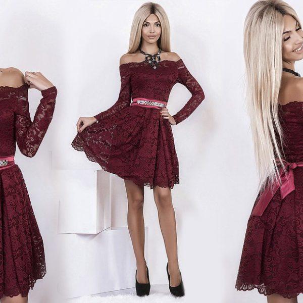 бордовое короткое платье