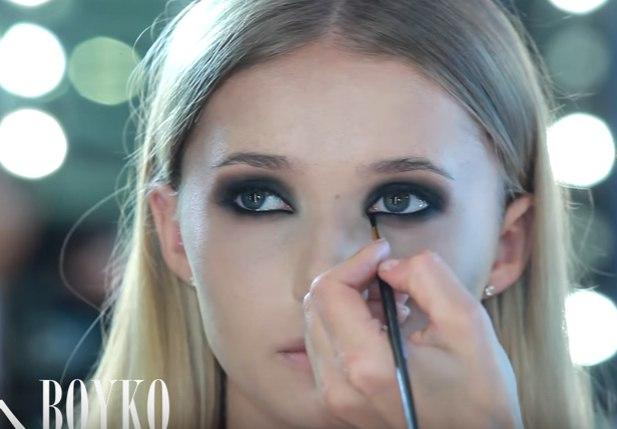 Как сделать макияж Смоки Айс: впечатляющий и завораживающий взгляд