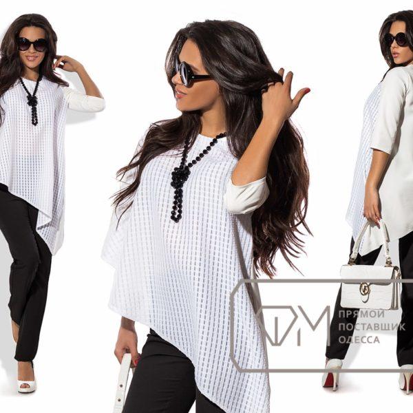черные брюки с белой блузкой