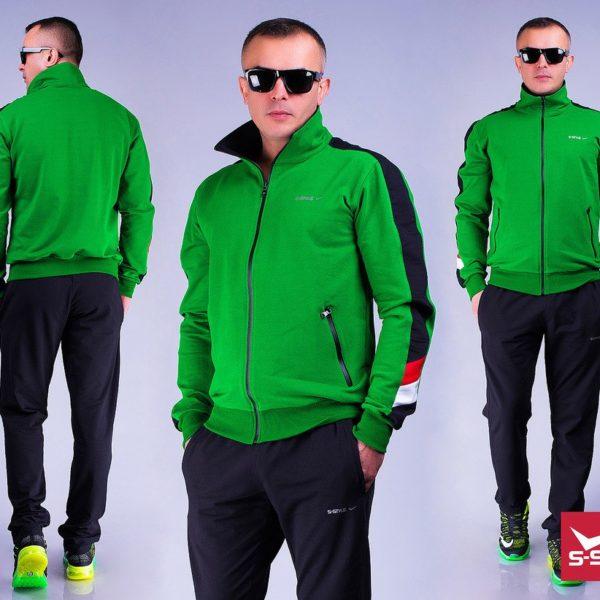 зеленый спортивный мужской костюм