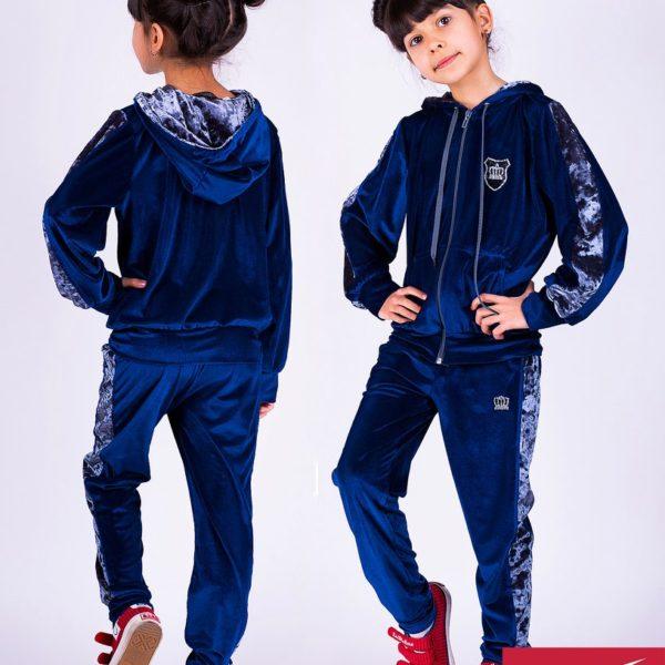 Велюровый спортивный костюм детский