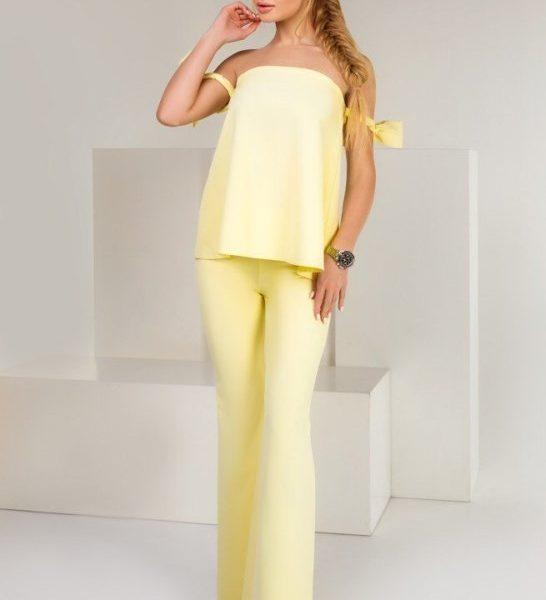 летний желтый костюм