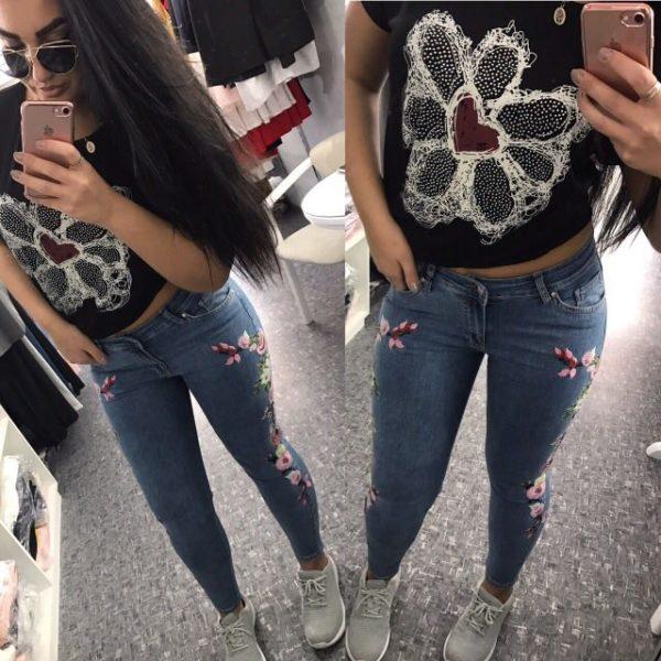 джинсы с цветами на полных