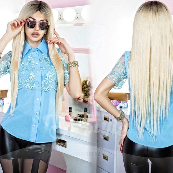 блузка голубая с кружевами