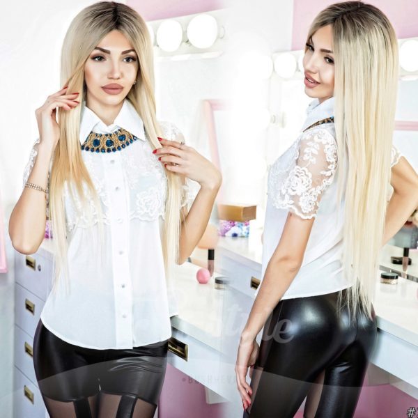 блузка белая с кружевами