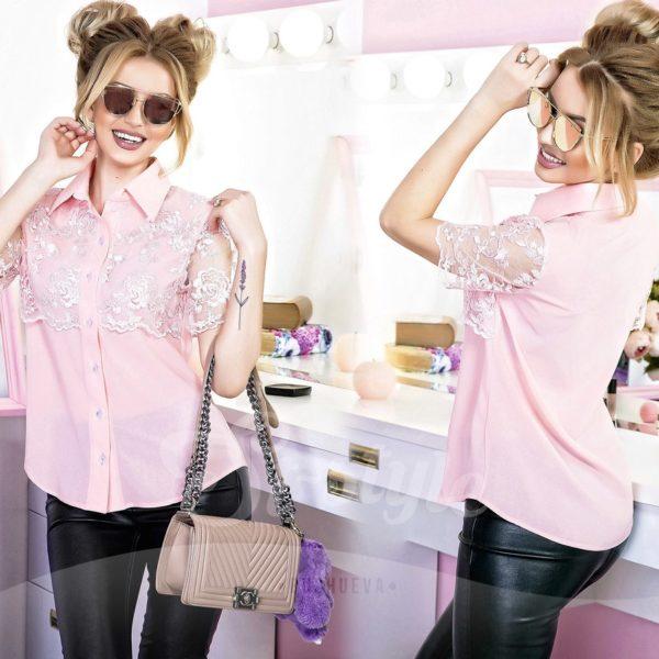 блузка розовая с кружевами