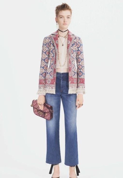 женский пиджак с вышивкой