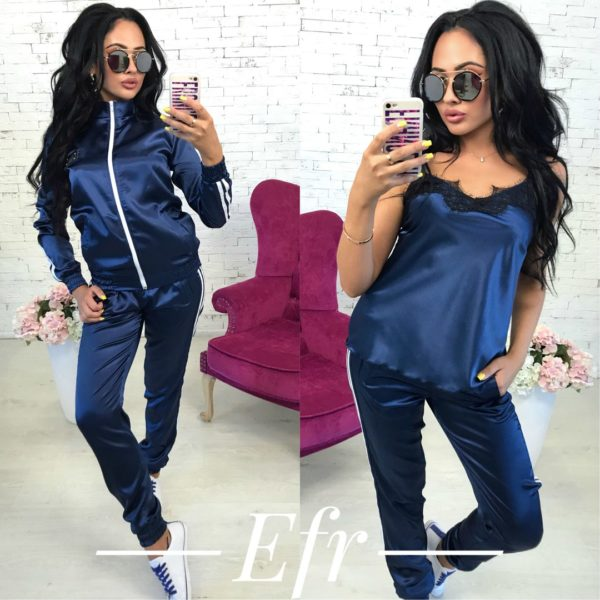 -синий атласный костюм женский фото