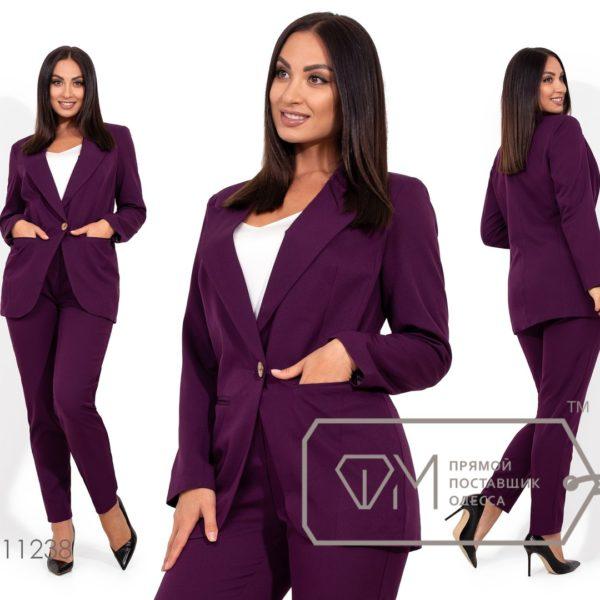 фиолетовые брюки с пиджаком