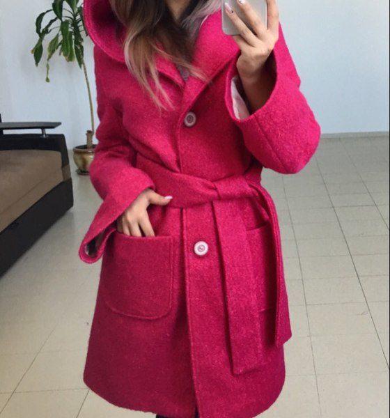 пальто демисезонное женское с капюшоном