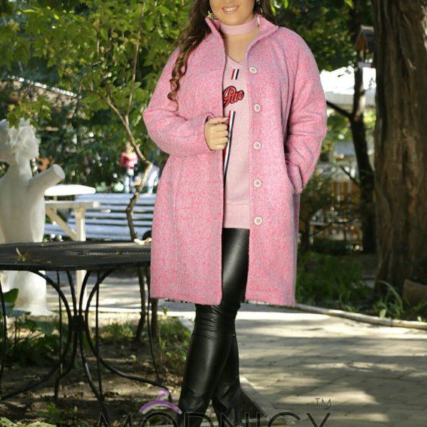 розовое пальто на полных