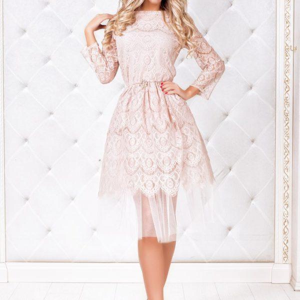 бежевое праздничное платье