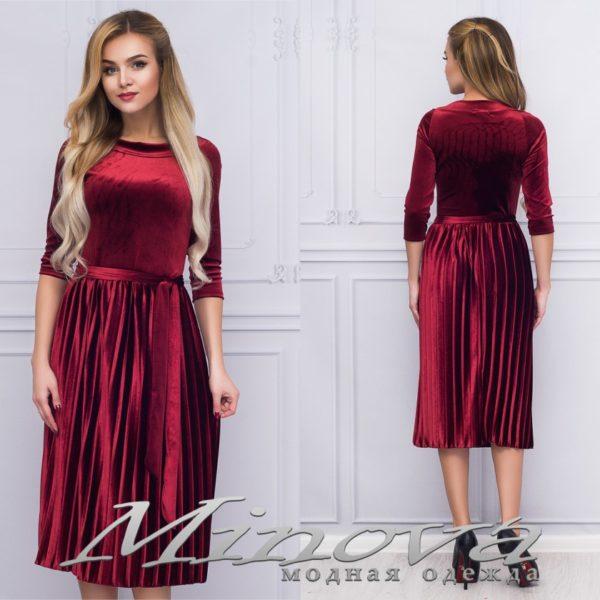 Платье велюровое миди