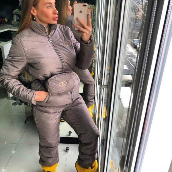 теплый женский зимний костюм для прогулок