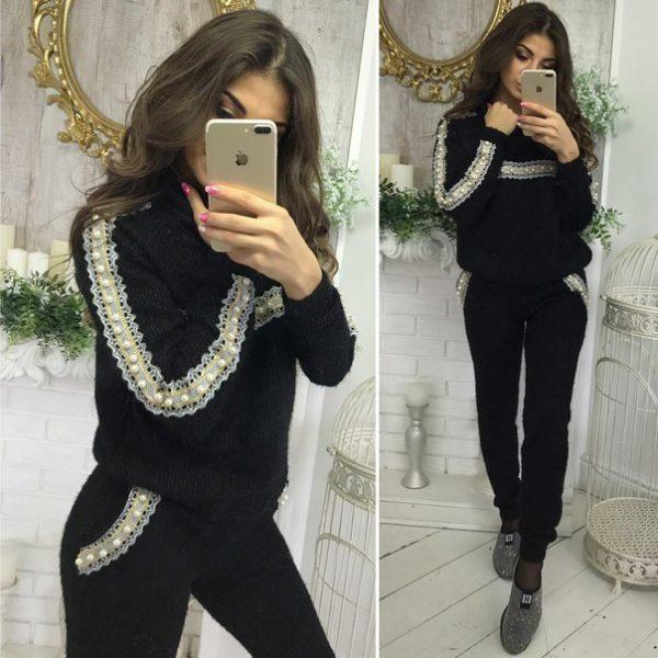 черный вязанный костюм
