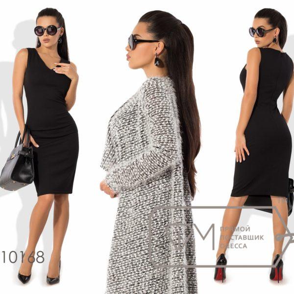 девушка в черном деловом платье