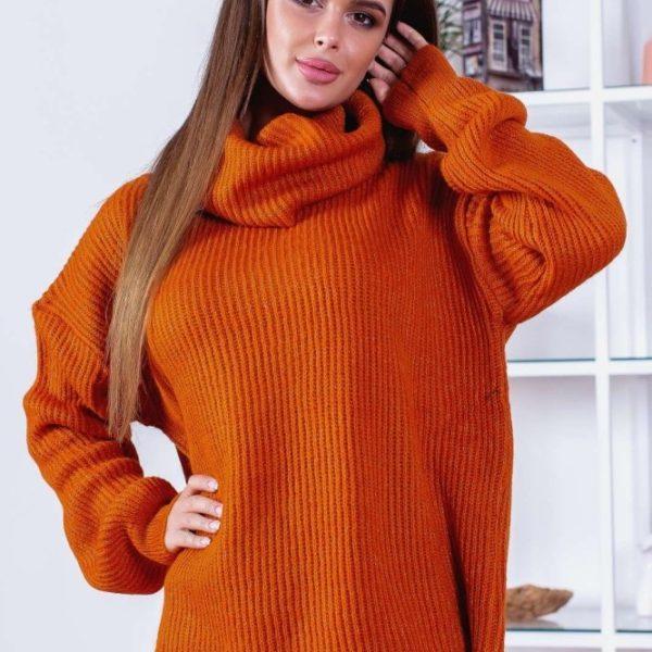 женский свитер с горлом