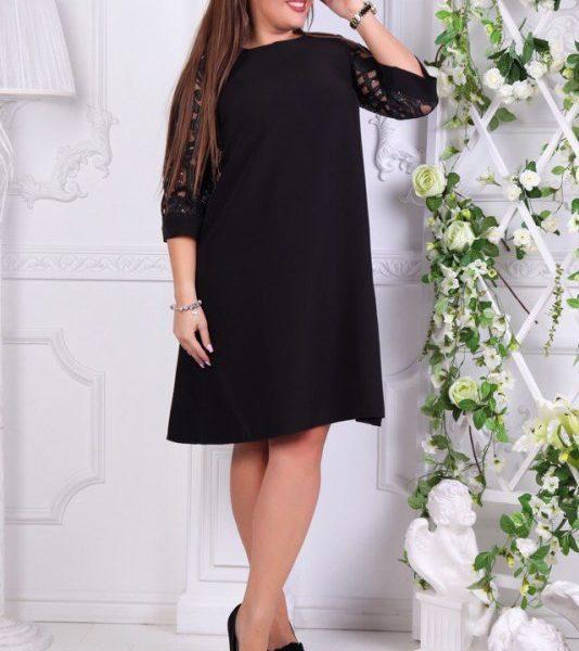 Расклешенное черное платье