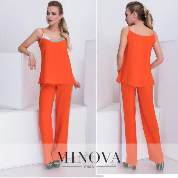 оранжевый брючный костюм