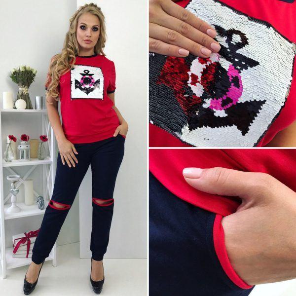 Красный костюм с паетками