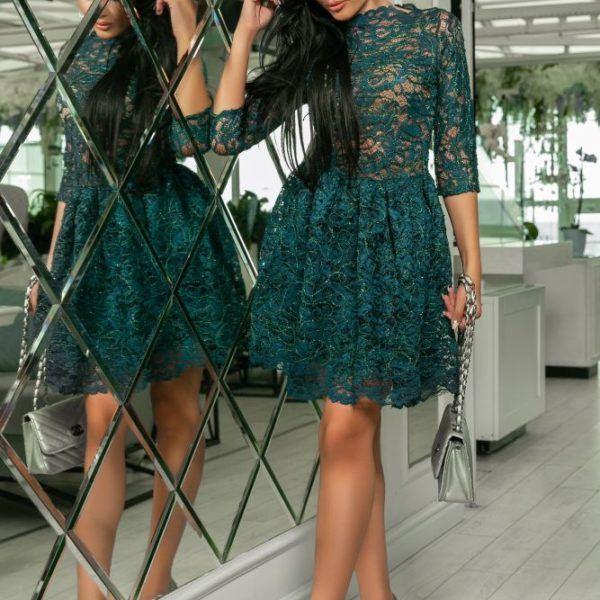 Красивое кружевное вечернее платье