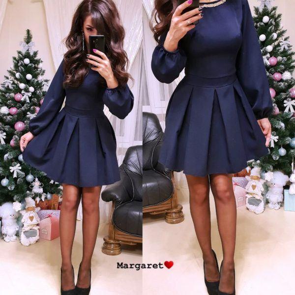 Красивое платье с широкими рукавами