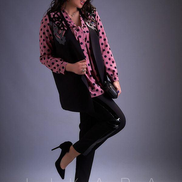 Костюм черный брючный с блузкой