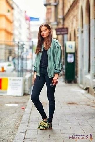 летняя ветровка с джинсами