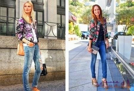 стройная девушка в джинсах
