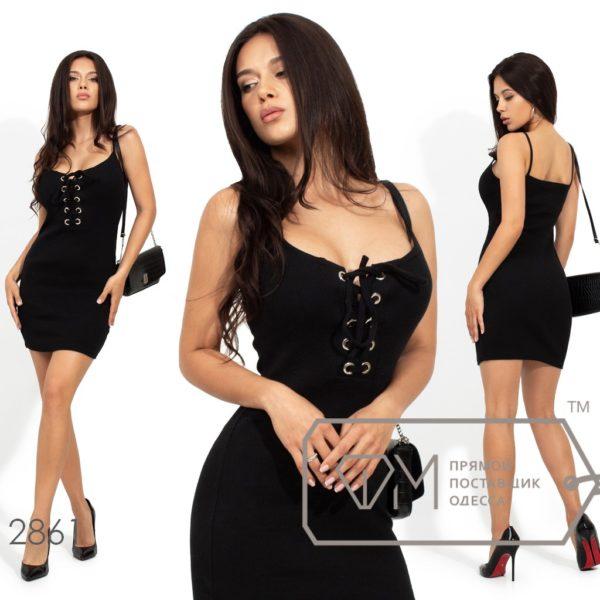 черное платье на брительках